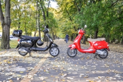 Rent Vespa Bucharest 4