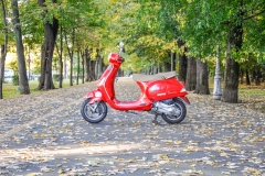 Rent Vespa Bucharest 5